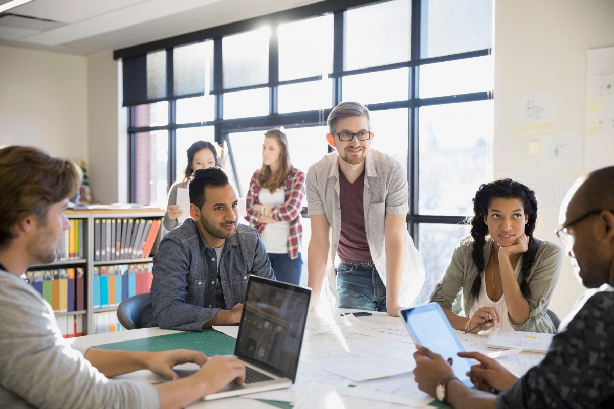 diversity in workplace Diversity training is a core part of ensuring that new employees feel welcome in the workplace—providing a positive work environment and making these employees feel more comfortable sharing their insights on the job.